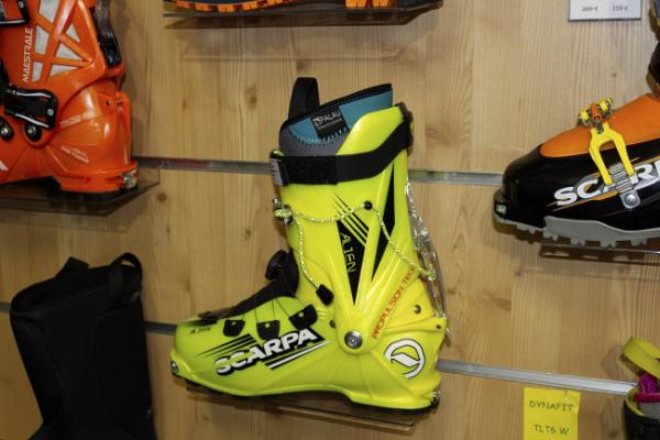 Botte de ski avec le chausson Palau